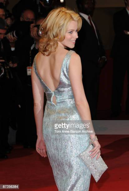 Actress Elizabeth Banks attends the 'Precious' Premiere at the Grand Theatre Lumiere during the 62nd Annual Cannes Film Festival on May 15, 2009 in...