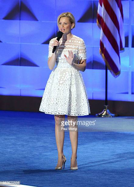 Actress Elizabeth Banks delivers remarks on day two of the 2016 Democratic National Convention at Wells Fargo Center on July 26, 2016 in...