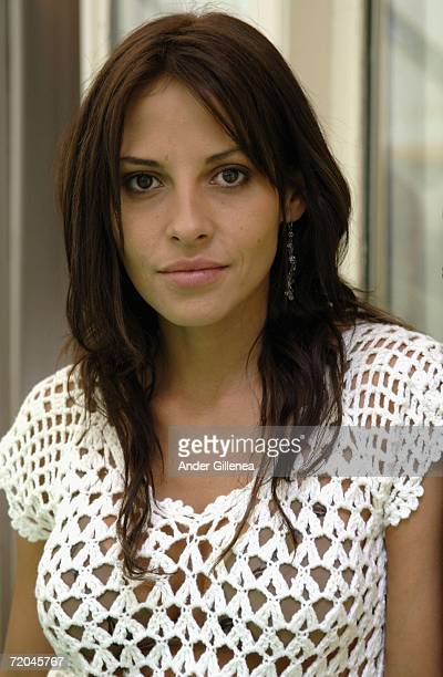 Actress Elizabeth Cervantes poses to promote her film Fuera del cielo during the San Sebastian Film Festival on September 29 2006 San Sebastian Spain