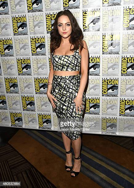 Actress Elizabeth Gillies attends FX's SexDrugsRockRoll Press Line during ComicCon International 2015 at Hilton Bayfront on July 12 2015 in San Diego...