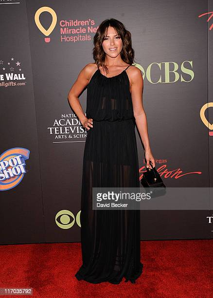 Actress Elizabeth Hendrickson arrives at the 38th Annual Daytime Entertainment Emmy Awards held at the Las Vegas Hilton on June 19 2011 in Las Vegas...
