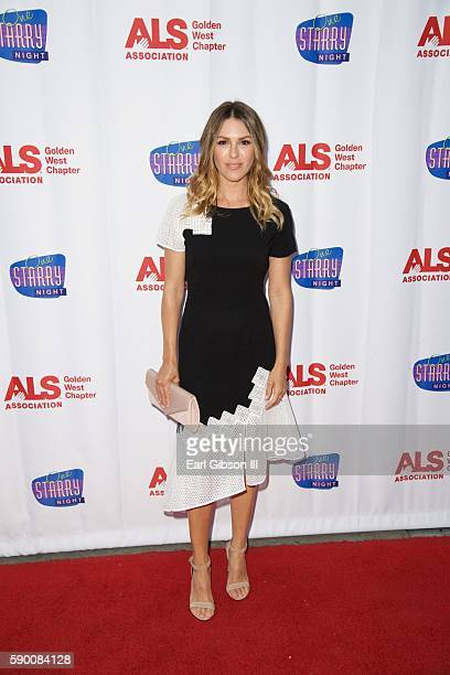 Actress Elizabeth Hendrickson attends the 3rd Annual ONE STARRY NIGHT A Special Performance Dedicated To Conquering ALS at Pasadena Playhouse on...
