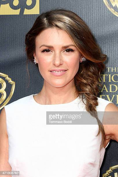 Actress Elizabeth Hendrickson attends the 42nd annual Daytime Emmy Awards held at Warner Bros Studios on April 26 2015 in Burbank California