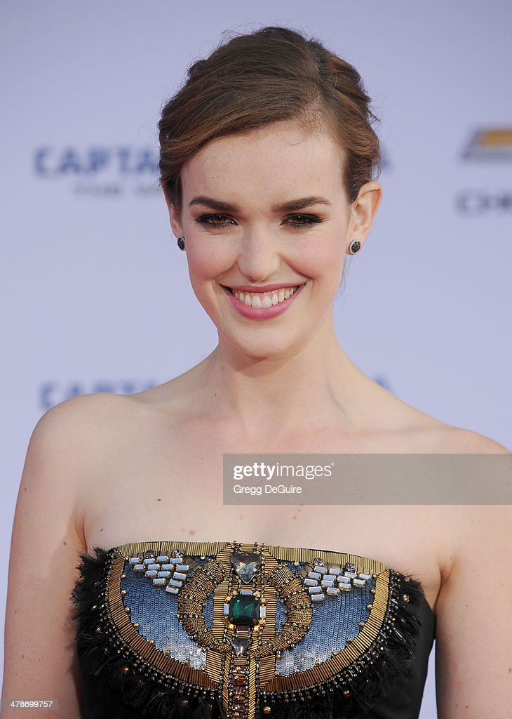 Actress Elizabeth Henstridge arrives at the Los Angeles premiere of 'Captain America: The Winter Soldier' at the El Capitan Theatre on March 13, 2014 in Hollywood, California.