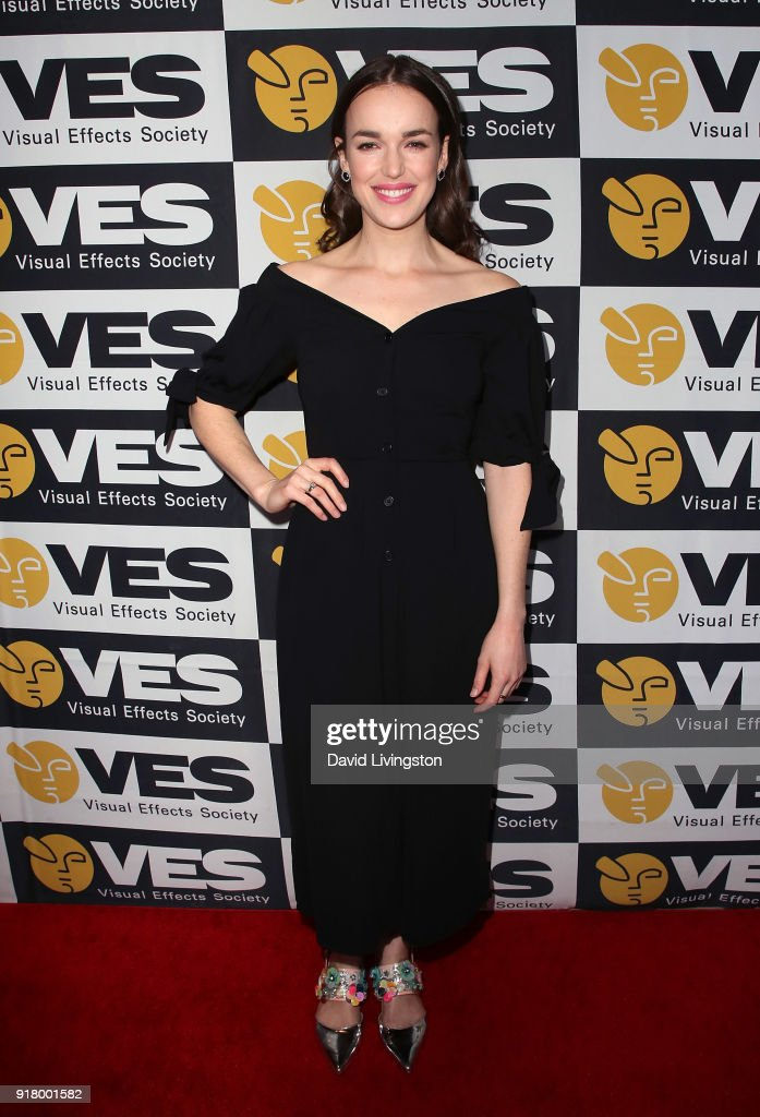 Actress Elizabeth Henstridge attends the 16th Annual VES Awards at The Beverly Hilton Hotel on February 13, 2018 in Beverly Hills, California.