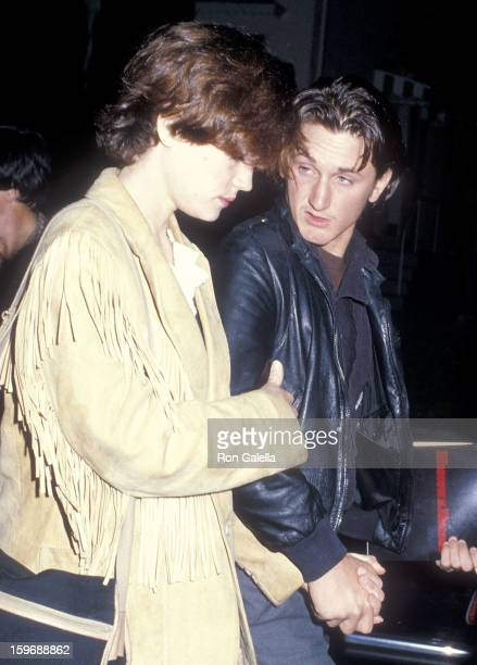 Actress Elizabeth McGovern and actor Sean Penn attend the 'Moscow on the Hudson' Beverly Hills Premiere on March 30 1984 at the Samuel Goldwyn...