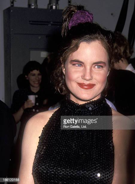 Actress Elizabeth McGovern attends the Broadway's Sixth Annual Easter Bonnet Competition to Benefit the Broadway Cares/Equity Fights AIDS on April 14...