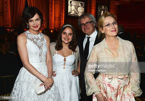 Actress Elizabeth McGovern Matilda Curtis Simon Curtis and actress Meryl Streep attends the 40th AFI Life Achievement Award honoring Shirley MacLaine...