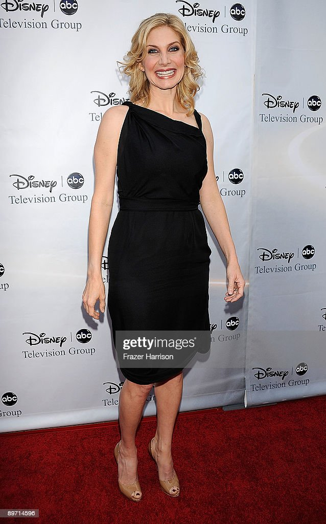 Actress Elizabeth Mitchell arrives at Disney-ABC Television Group Summer Press Tour Party at The Langham Hotel on August 8, 2009 in Pasadena, California.