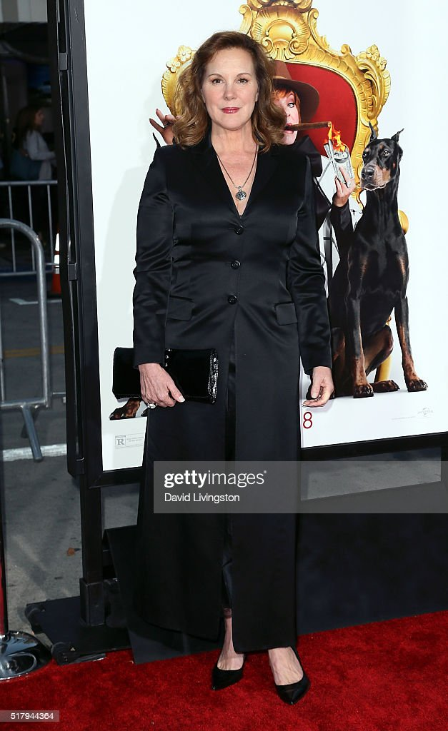 Actress Elizabeth Perkins attends the premiere of USA Pictures' 'The Boss' at the Regency Village Theatre on March 28, 2016 in Westwood, California.