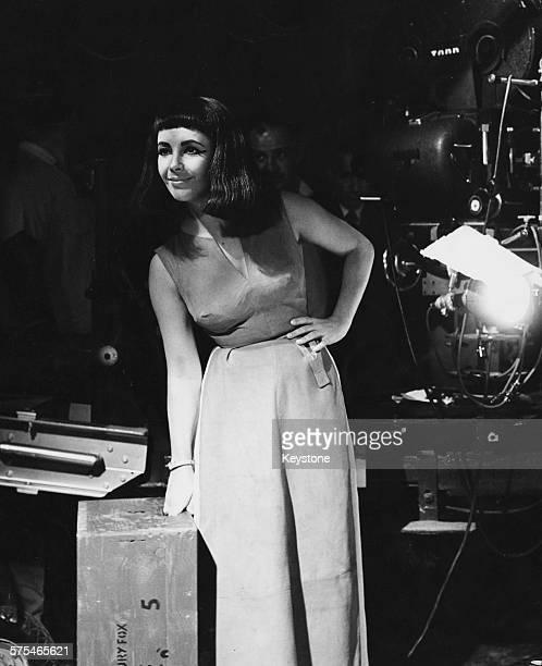 Actress Elizabeth Taylor in costume on the set of the film 'Cleopatra' filmed in Rome November 22nd 1961