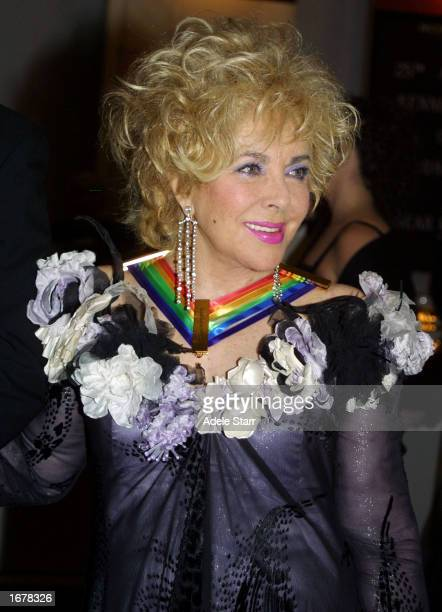 Actress Elizabeth Taylor one of the recipients of the 2002 Kennedy Center Honors arrives for a reception on December 8 2002 at the White House in...