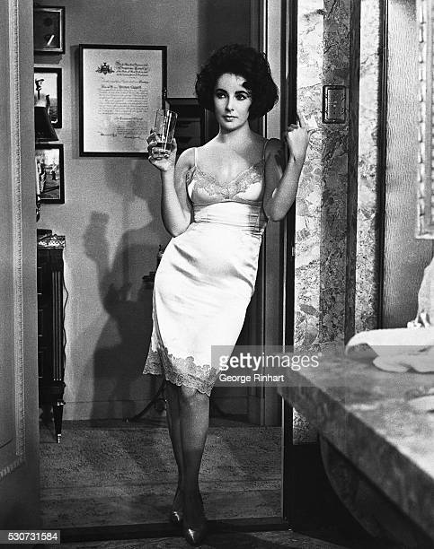 Actress Elizabeth Taylor plays a callgirl in MGM's production of Butterfield 8 1960 Undated movie still BPA2# 5099