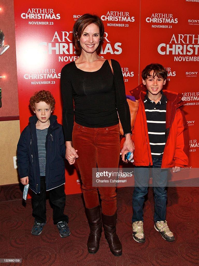 """Arthur Christmas"" New York Premiere : News Photo"