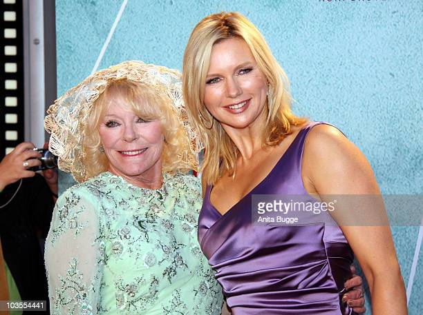Actress Elke Sommer and actress Veronica Ferres attend the 'Das Leben Ist Zu Lang' Germany Premiere at the Kulturbrauerei movie theater on August 23,...