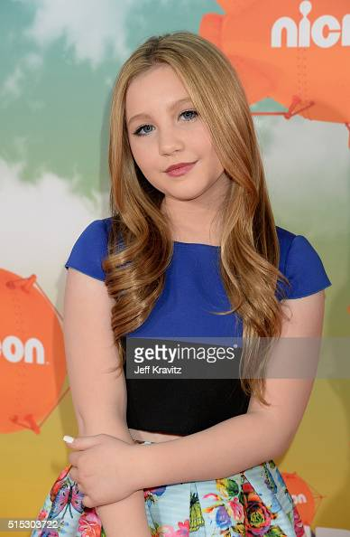Actress Ella Anderson Attends Nickelodeon S 2016 Kids