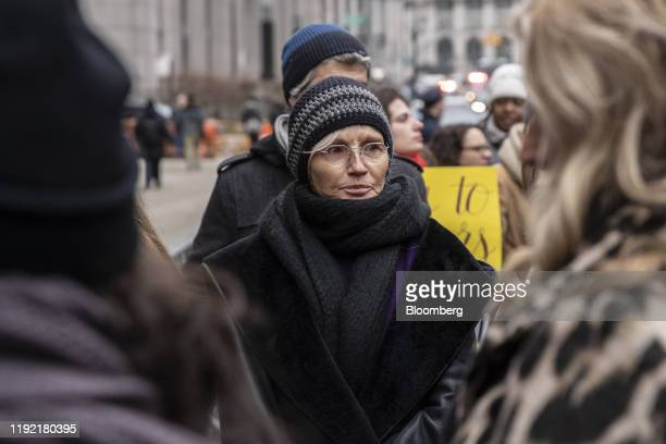 Actress Ellen Barkin speaks with protesters after former Weinstein Co CoChairman Harvey Weinstein arrives at state supreme court in New York US...