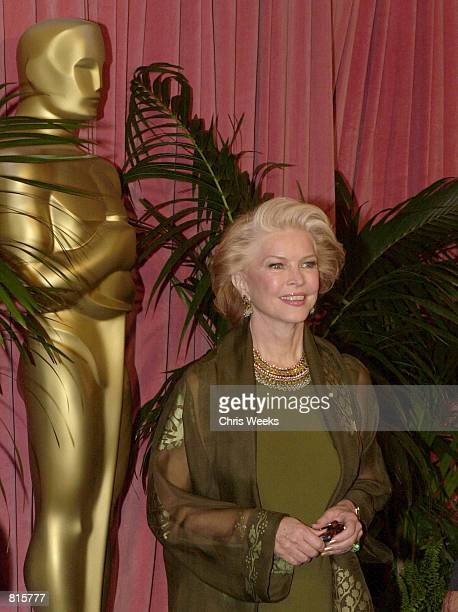 Actress Ellen Burstyn arrives at the Oscar Nominees'' Luncheon March 12 2001 at the Beverly Hilton Hotel in Beverly Hills CA