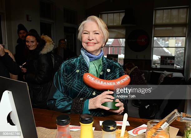 Actress Ellen Burstyn attends Applegate's 'Reel Food' Cafe featuring Wholly Guacamole during the 2016 Sundance Film Festival at The Village at the...
