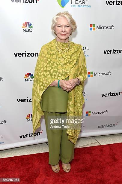 Actress Ellen Burstyn attends the Joyful Heart Foundation honors Vice President Joe Biden at Joyful Revolution Gala on May 10 2016 in New York New...