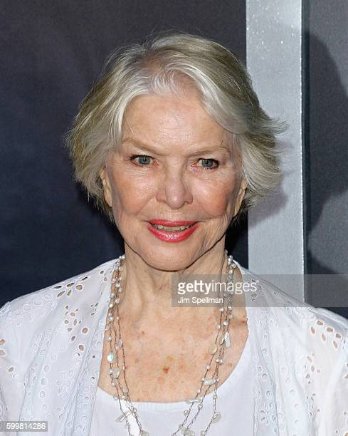 """Actress Ellen Burstyn attends the """"Sully"""" New York premiere at Alice Tully Hall, Lincoln Center on September 6, 2016 in New York City."""