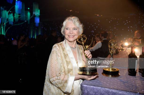 Actress Ellen Burstyn winner of the Best Supporting Actress in a Miniseries or Movie Award for 'Political Animals' attends the Governors Ball during...