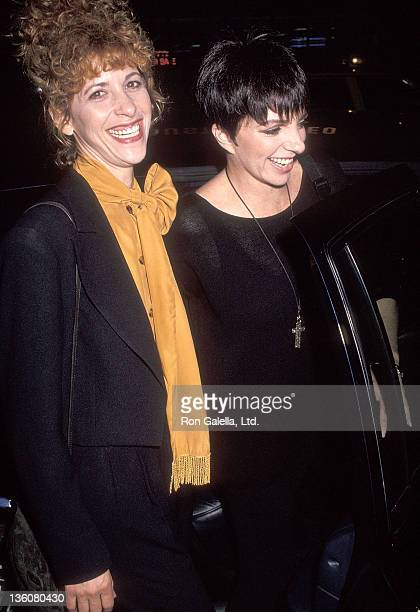 Actress Ellen Greene and actress/singer Liza Minnelli attend the Enchanted April New York City Premiere on July 27 1992 at the Murray Hill Cinemas in...