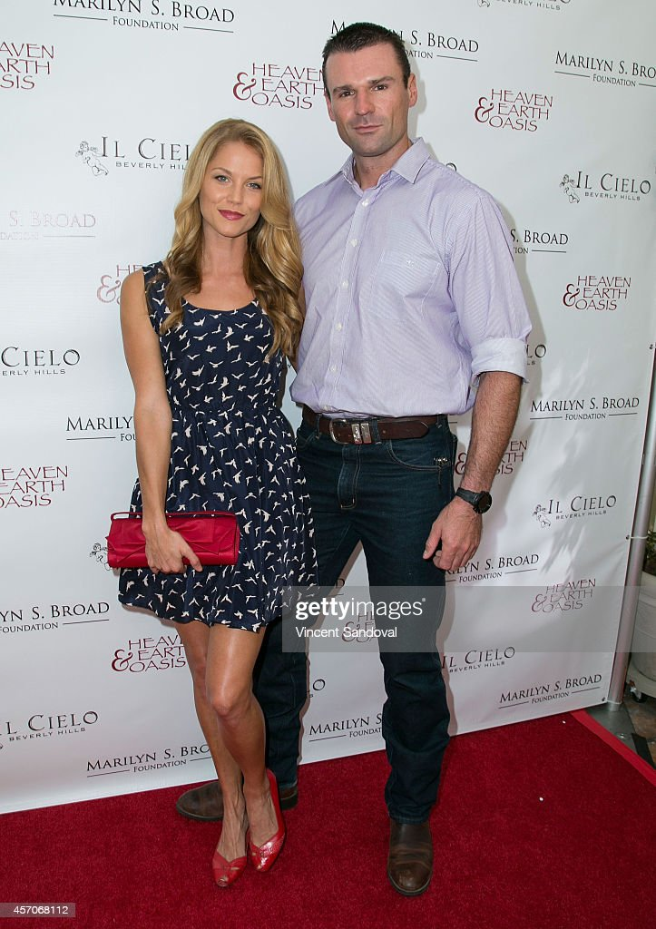 Actress Ellen Hollman (L) and actor Stephen Dunlevy attend the Heaven and Earth Oasis Charity fundraiser at Il Cielo on October 11, 2014 in Beverly Hills, California.