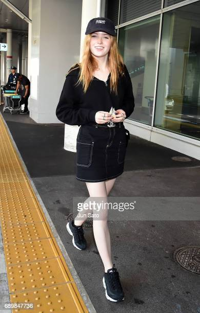 Actress Ellie Bamber is seen upon arrival at Haneda airport on May 30 2017 in Tokyo Japan