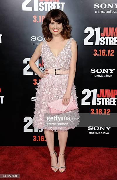 Actress Ellie Kemper arrives at the Premiere Of Columbia Pictures' '21 Jump Street' at Grauman's Chinese Theatre on March 13 2012 in Hollywood...