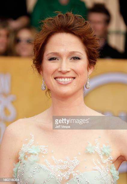 Actress Ellie Kemper arrives at the19th Annual Screen Actors Guild Awards held at The Shrine Auditorium on January 27, 2013 in Los Angeles,...