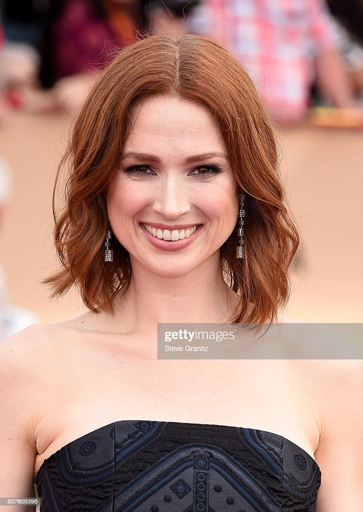 Actress Ellie Kemper attends the 22nd Annual Screen Actors Guild Awards at The Shrine Auditorium on January 30, 2016 in Los Angeles, California.