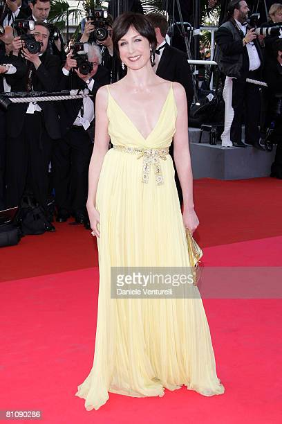 """Actress Elsa Zylberstein arrives at the """"Blindness"""" premiere during the 61st Cannes International Film Festival on May 14, 2008 in Cannes, France."""