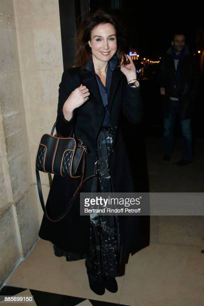 Actress Elsa Zylberstein attends the Tribute to Actress Jeanne Moreau at Odeon Theatre on December 4 2017 in Paris France