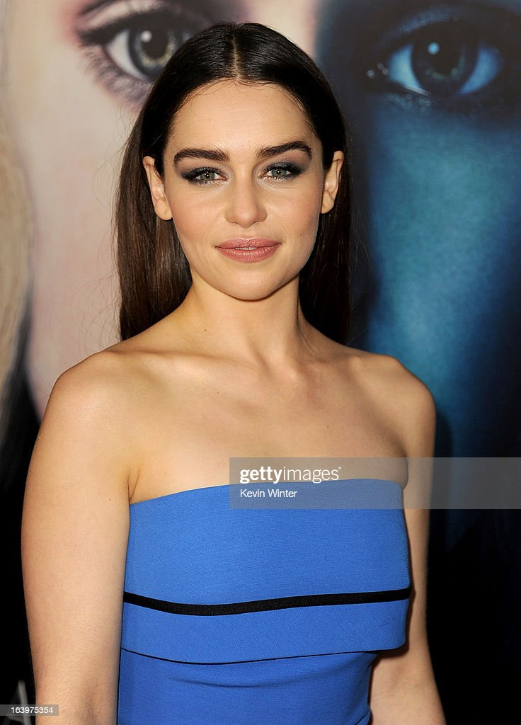 """Premiere Of HBO's """"Game Of Thrones"""" Season 3 - Red Carpet : News Photo"""