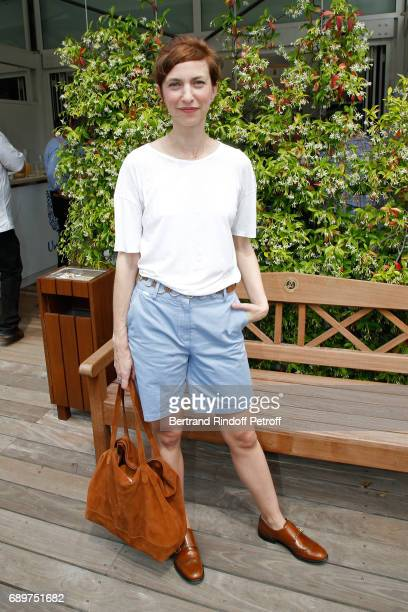 Actress Emilie Caen attends the 2017 French Tennis Open - Day Two at Roland Garros on May 29, 2017 in Paris, France.