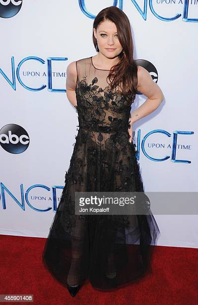 Actress Emilie de Ravin arrives at ABC's Once Upon A Time Season 4 Red Carpet Premiere at the El Capitan Theatre on September 21 2014 in Hollywood...