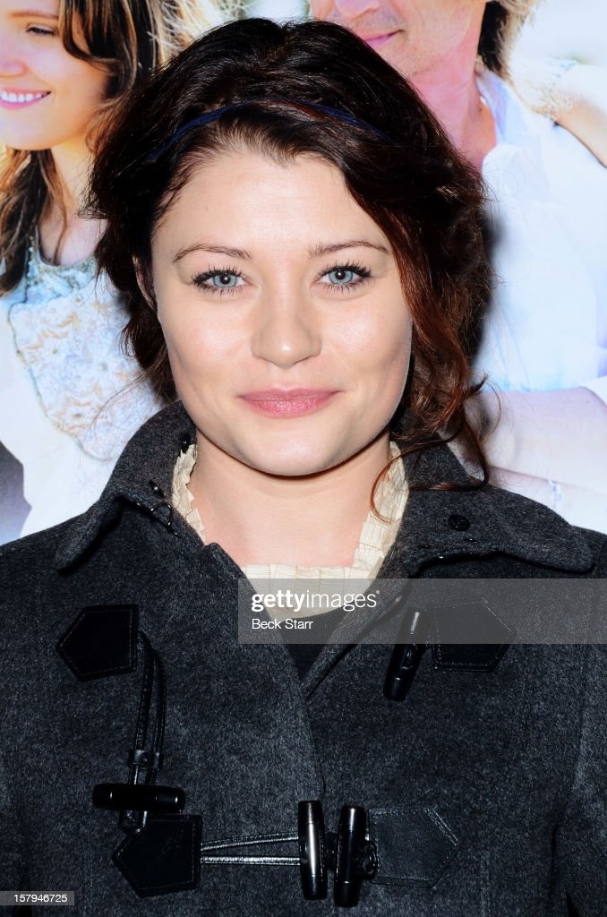 Actress Emilie de Ravin arrives at 'California Solo' Los Angeles premiere at Nuart Theatre on December 7, 2012 in West Los Angeles, California.