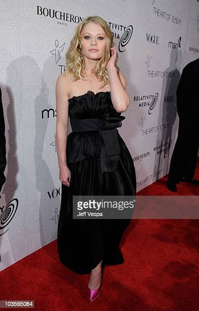 """Actress Emilie de Ravin arrives at The Art of Elysium's 3rd Annual Black Tie Charity Gala """"Heaven"""" on January 16, 2010 in Beverly Hills, California."""