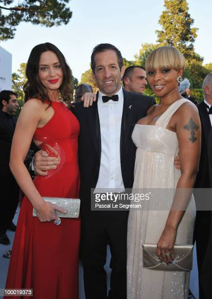 Actress Emily Blunt amfAR Chairman Kenneth Cole and Mary J Blige arrives at amfAR's Cinema Against AIDS 2010 benefit gala at the Hotel du Cap on May...