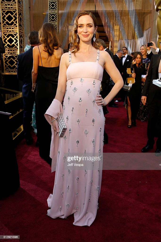 Actress Emily Blunt attends the 88th Annual Academy Awards at Hollywood & Highland Center on February 28, 2016 in Hollywood, California.