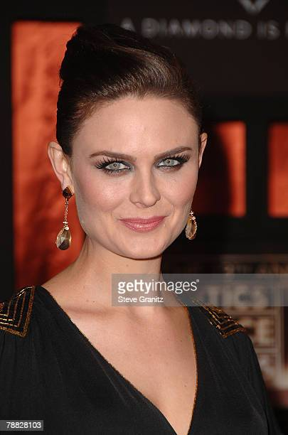 Actress Emily Deschanel arrives at the 13th ANNUAL CRITICS' CHOICE AWARDS at the Santa Monica Civic Auditorium on January 7, 2008 in Santa Monica,...