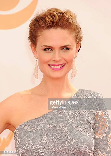 Actress Emily Deschanel arrives at the 65th Annual Primetime Emmy Awards at Nokia Theatre LA Live on September 22 2013 in Los Angeles California