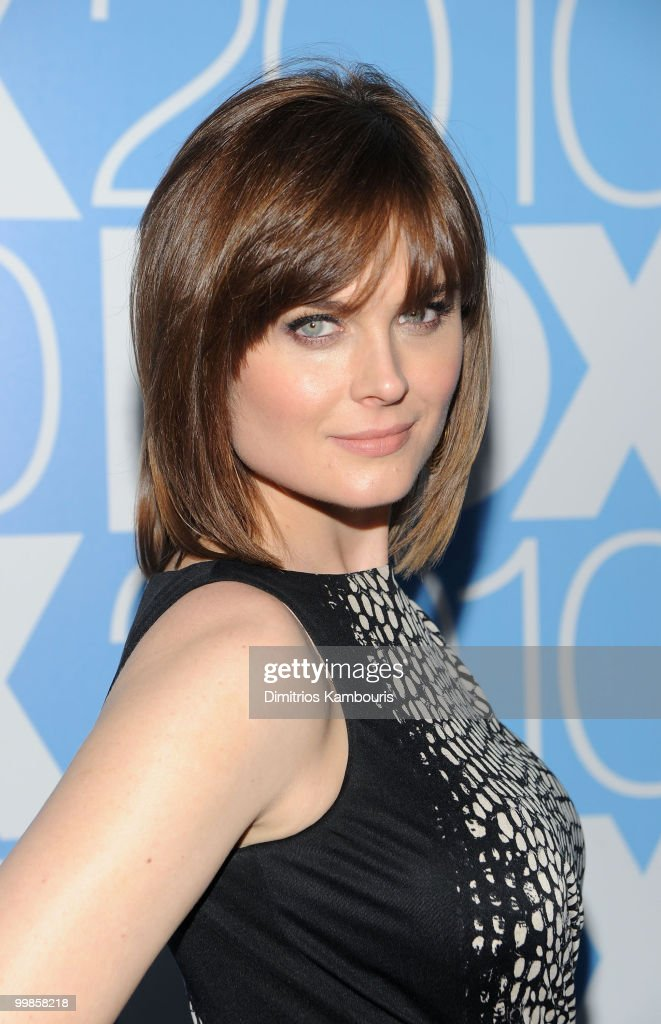 Actress Emily Deschanel attends the 2010 FOX Upfront after party at Wollman Rink, Central Park on May 17, 2010 in New York City.