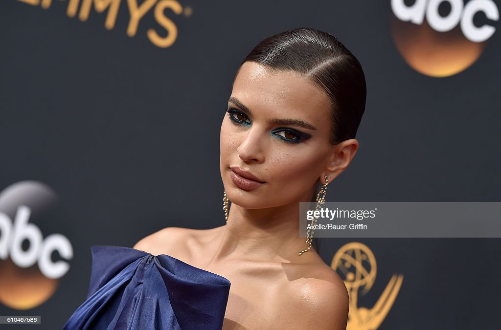 Actress Emily Ratajkowski arrives at the 68th Annual Primetime Emmy Awards at Microsoft Theater on September 18, 2016 in Los Angeles, California.
