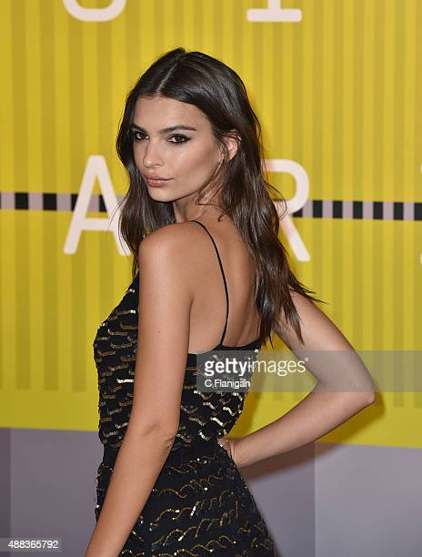 Actress Emily Ratajkowski arrives to the 2015 MTV Video Music Awards at Microsoft Theater on August 30 2015 in Los Angeles California
