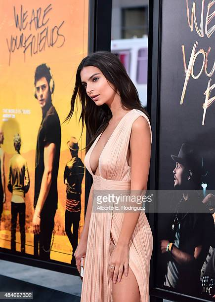 Actress Emily Ratajkowski attends the premiere of Warner Bros Pictures' 'We Are Your Friends' at TCL Chinese Theatre on August 20 2015 in Hollywood...