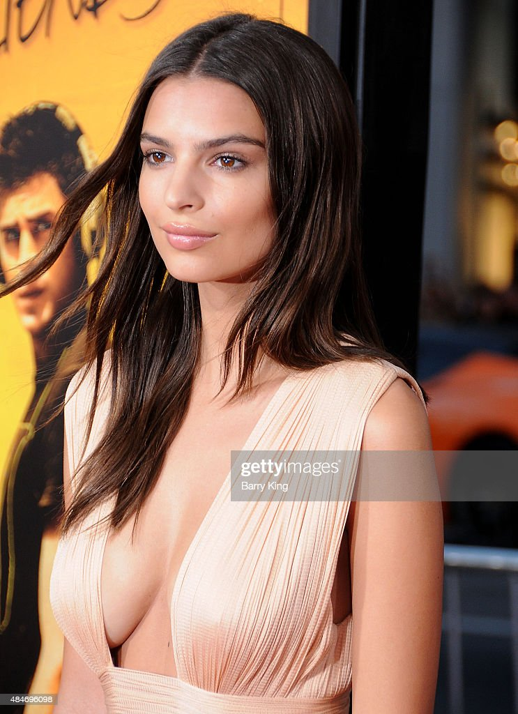Actress Emily Ratajkowski attends the Premiere of Warner Brothers Pictures' 'We Are Your Friends' at TCL Chinese Theatre on August 20, 2015 in Hollywood, California.
