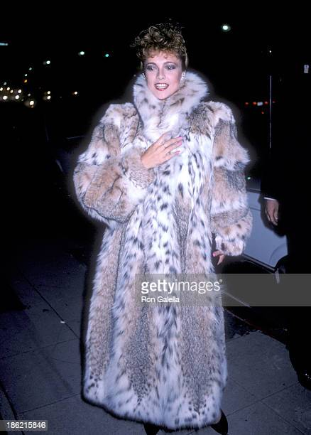 Actress Emma Samms attends Scruples by Volere Furs Boutique Grand Opening Celebration on September 11 1986 at Scruples by Volere Fur Boutique 8600...