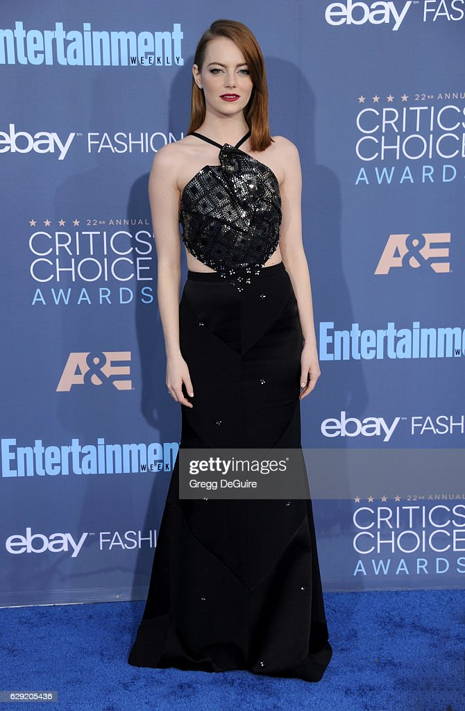 Actress Emma Stone arrives at The 22nd Annual Critics' Choice Awards at Barker Hangar on December 11, 2016 in Santa Monica, California.